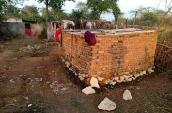 दबंगों के निशाने पर सरकारी भूमि, परियोजनाओं की जमीन पर अतिक्रमण