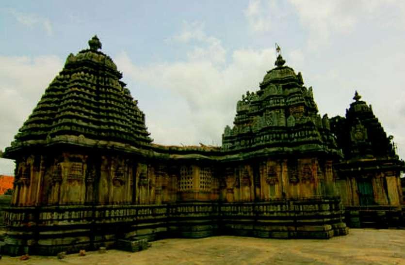 900 साल पुराना है देवी लक्ष्मी का ये दरबार, दर्शन मात्र से ही हो जाएंगे मालामाल