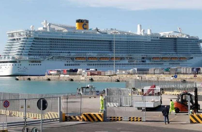 कोरोना वायरस की आशंका के कारण इटली के जहाज में हजारों पर्यटक फंसे