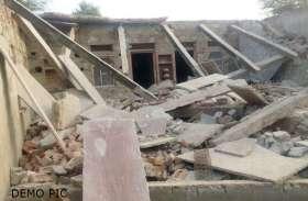 मैनपुरी में बड़ा हादसा,मकान तोड़ने के दौरान दो बहनें मलबे में दबीं, एक की मौत