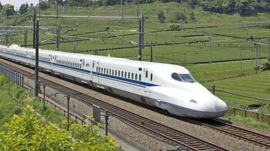 images_1537883815924_bullet_train.jpg