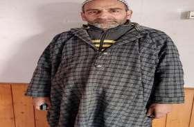 रक्तरंजित कश्मीर की तस्वीर रक्त देकर बदल रहा है 'ब्लडमैन'