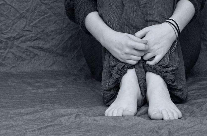 शर्मनाक: कलयुगी पिता ने बेटी के साथ बाथरूम में की छेड़खानी, आरोपी गिरफ्तार