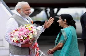 VIDEO: पूर्व विदेश मंत्री सुषमा स्वराज की आज जयंती, PM मोदी ने किया याद