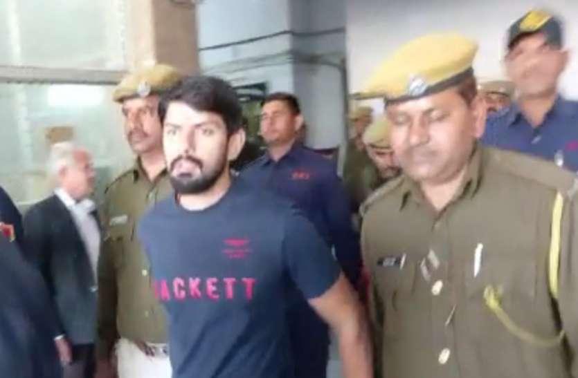 REET से पहले गैंगस्टर Lawrence Bishoni ने राजस्थान में कर दिया ये बड़ा कांड... दिल्ली से पकडकर लाई पुलिस