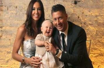 माइकल क्लार्क और उनकी पत्नी हुए अलग, चार साल की बेटी रहेगी मां के साथ