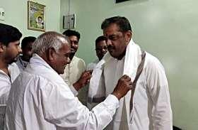 Politics on Shivaji: अब महाराष्ट्र के मंत्री ने लगाया भाजपा पर आरोप, देखें वीडियो
