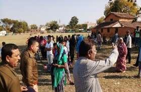 सीएए, एनआरसी के विरोध के बीच सरकारी जमीन कब्जाने पहुंच गए लोग