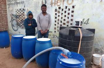 टैंकर से दूध चोरी के बाद कर रहे थे मिलावट, दो जने दबोचे, तीन दे गए पुलिस को गच्चा