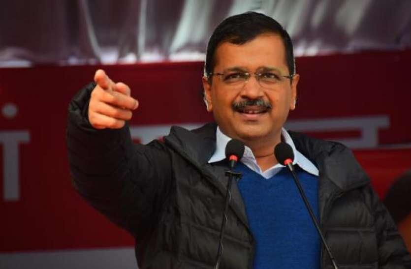CM बनने के बाद केजरीवाल का बड़ा ऐलान, दिल्ली के लिए पर्याप्त बसों का दिया आश्वासन