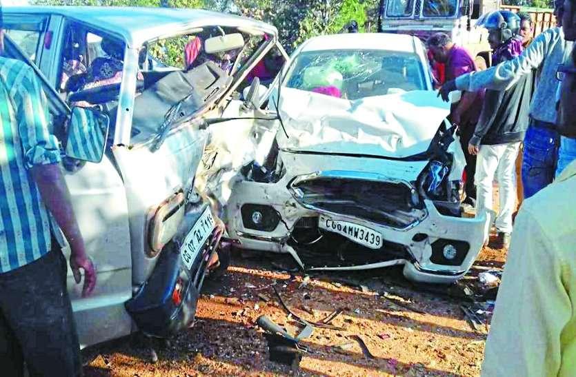 सड़क दुर्घटना : पांच हादसे में छह घरों के बुझे चिराग, तेज रफ्तार ले रही लोगों की जान