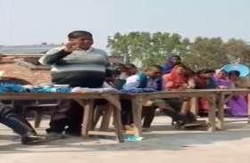 यूपी बोर्ड की परीक्षा में नकल करने का स्कूल प्रबंधक ने दिया टिप्स, वीडियो तेजी से हो रहा वायरल