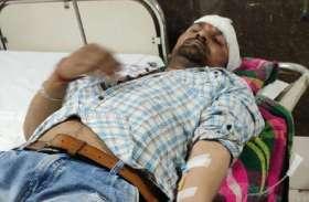 सरपंच पर हुआ जानलेवा हमला, आक्रोशित ग्रामीणों ने लगाया जाम