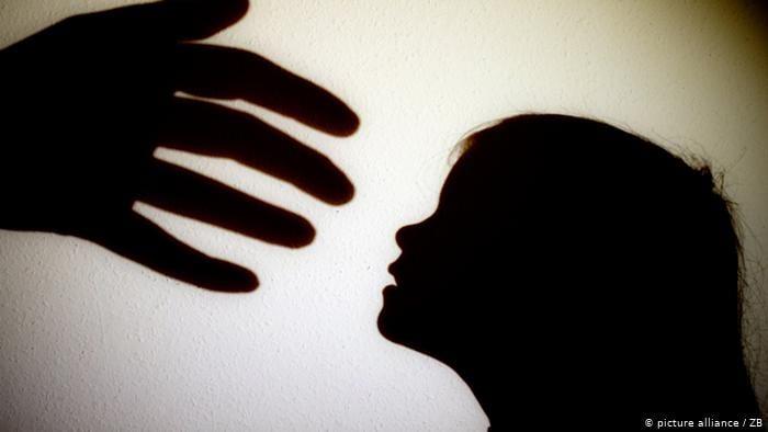 मासूम बच्चों पर रहती थी 'हैवान' की नजर, यौन शोषण कर बनाता था वीडियो