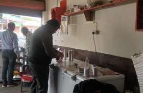 डेरियों पर फिर खाद्य विभाग की टीम ने मारा छापा, दूध, पनीर के लिए सैंपल