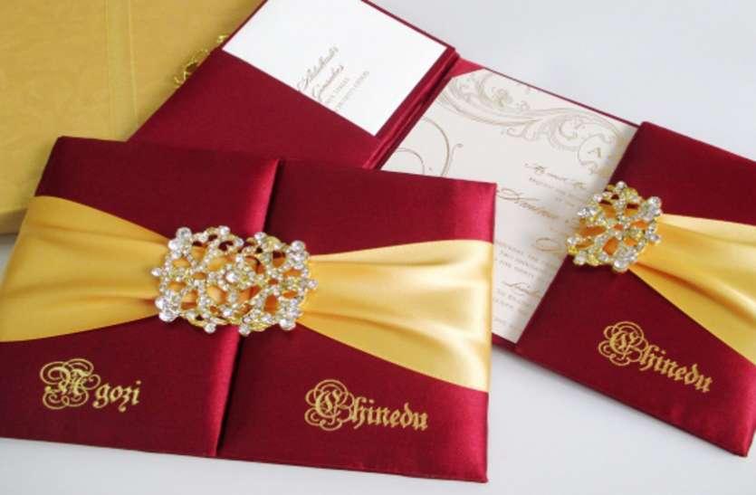 बेगानी शादी में लोगों को बना रहे दीवाना