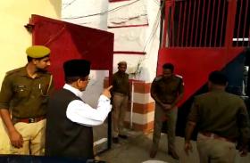 Video: 12 घंटे Rampur जेल में रहे आजम खान, बोले- मैं सांसद हूं, मेरे लिए बड़ा गेट खोलें