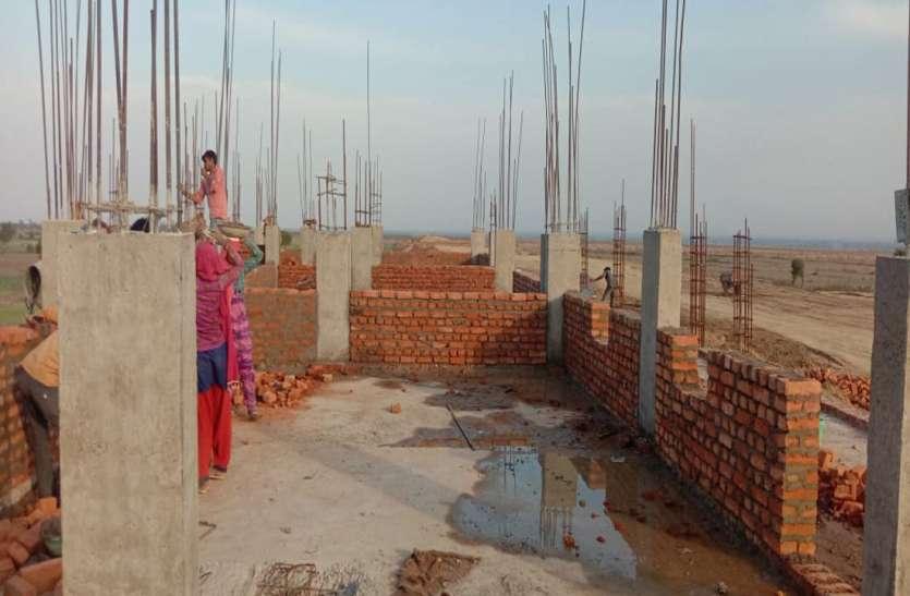देवेंद्रनगर में भी शुरू हुआ रेलवे स्टेशन का निर्माण कार्य