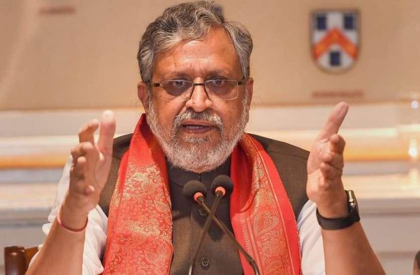 सुशील मोदी का बड़ा बयान, ज्यादा आय के लिए देश-प्रदेश से बाहर जाना पलायन नहीं