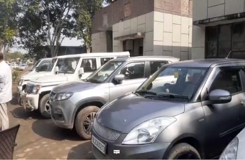 इंदिरापुरम थाना पुलिस ने 3 शातिर वाहन चोरों को किया गिरफ्तार