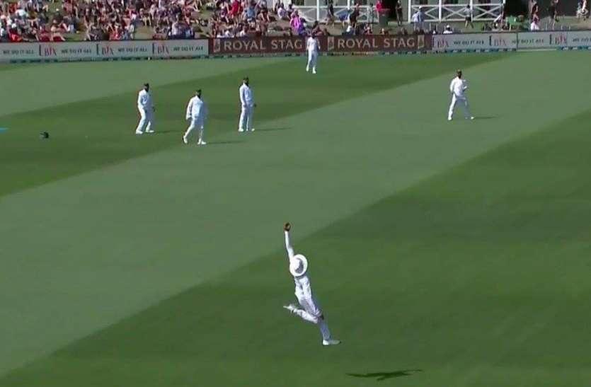 IND vs NZ: जडेजा ने 'सुपरमैन' की तरह हवा में उड़कर एक हाथ से लपका 'सदी का बेहतरीन' कैच