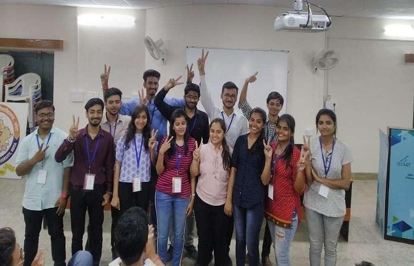 Thar 2020 : जैनिक्स में स्टार्टअप्स ने जीते एक लाख रुपए के पुरस्कार
