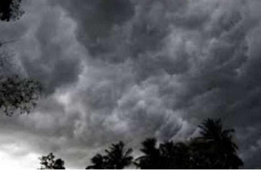 Uttar Pradesh Weather News Updates : इन जिलों में फिर अगले 24 घंटे के लिए बारिश का अलर्ट जारी, टूटेंगे सभी रिकॉर्ड