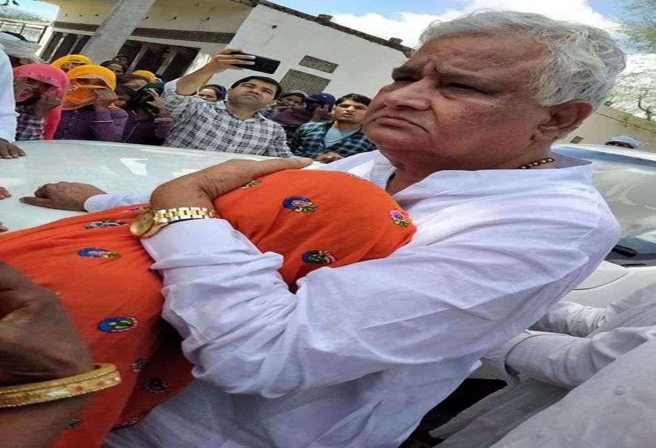 ओलावृष्टि प्रभावित किसानों को मुआवजे की मांग: किरोड़ी ने किया जयपुर कूच का आह्वान