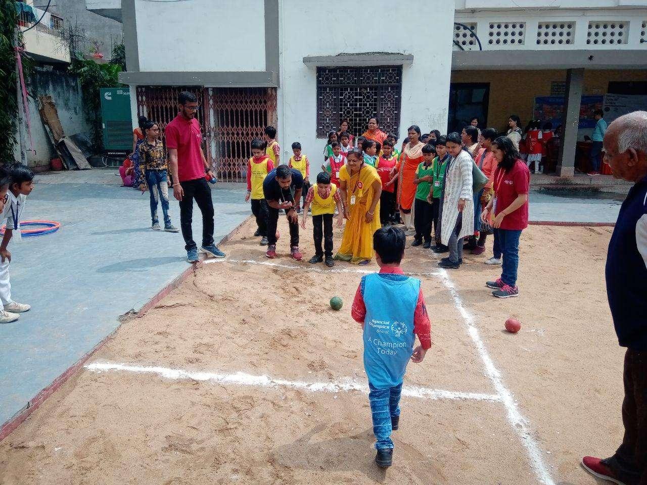 स्पेशल बच्चों के ओलंपिक में तारे उतरे ज़मी पर, बच्चों ने स्पोर्ट्स में दिखाया हुनर