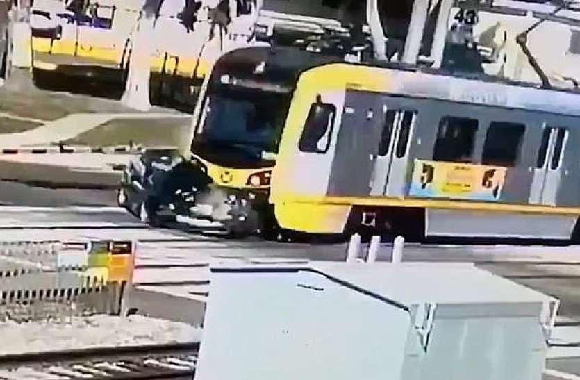 मेट्रो और BMW की हुई जोरदार भिड़त, फिर भी जिंदा बच गया ड्राइवर.. देखें वायरल VIDEO