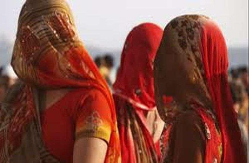 Women's Day Special : क्या आप जानते हैं कि देश में कहां रखा जाता है सबसे ज्यादा घूंघट...और अब वहीं से इस प्रथा को बिल्कुल हटाने का लिया गया है प्रण...