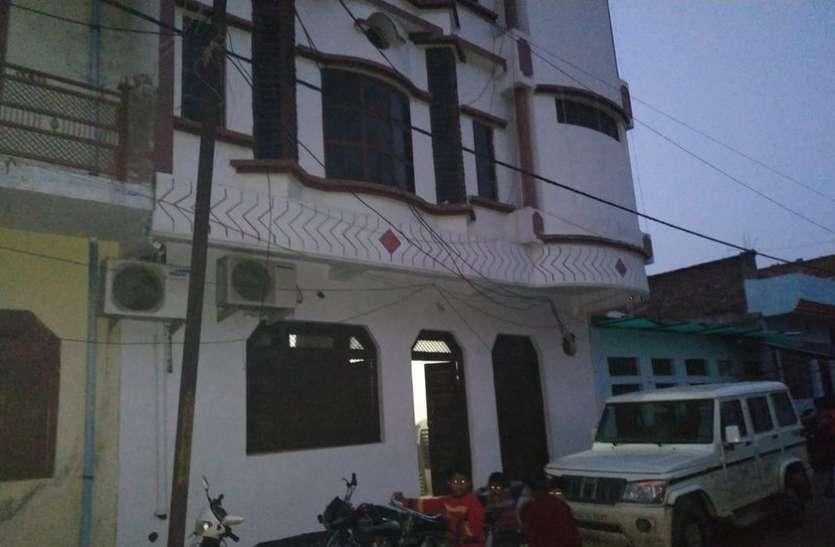अटेर विधायक अरविंद भदौरिया के घर पहुंची दो गाड़ी भरकर पुलिस