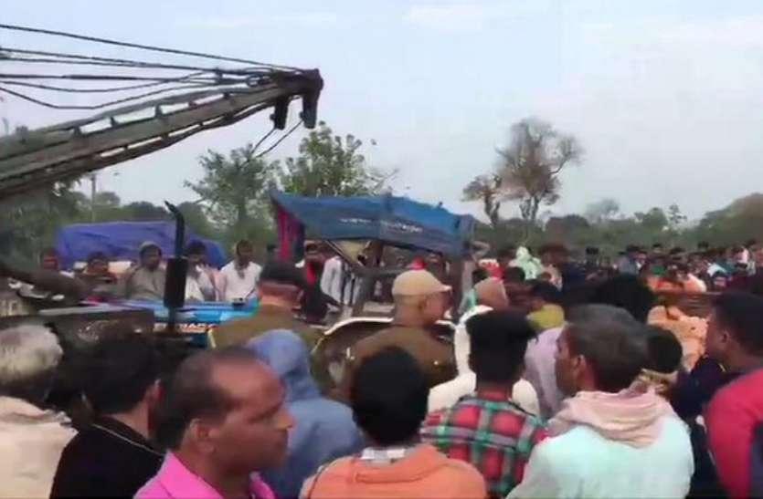 बिहार: भीषण सड़क हादसा, स्कॉर्पियो-ट्रैक्टर की टक्कर में 11 की मौत, 4 घायल