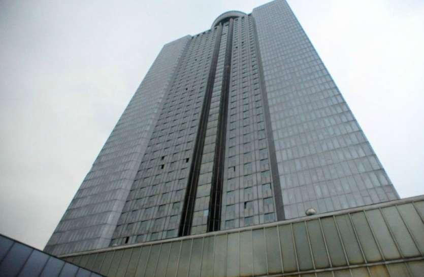 दुनिया का सबसे आलीशान रहस्यमयी होटल, जिसकी पांचवी मंजिल पर जाना मना है
