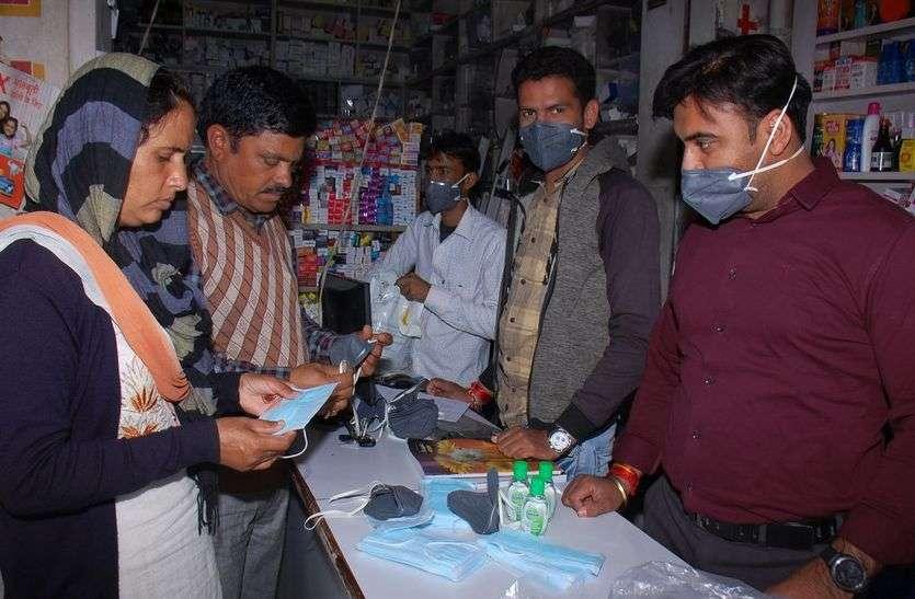 कोरोना की जांच के लिए मंडावा की होटल से लाए 6 कर्मचारी चाय, पानी व खाने के लिए तरसते रहे