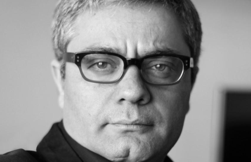 ईरानी फिल्मकार रसूलोफ को एक साल की कैद