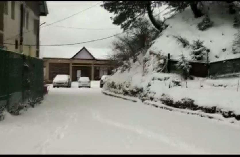 शिमला-मनाली में फिर बर्फबारी, होली पर पर्यटकों की संख्या बढ़ने की उम्मीद
