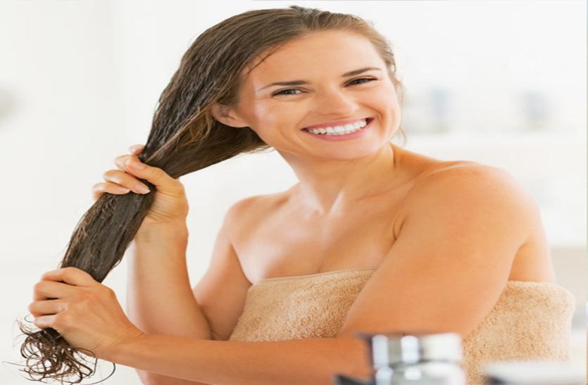 बालों के झड़ने की समस्या महिलाओं में भी बढ़ रही है, जानें इसके बारे में