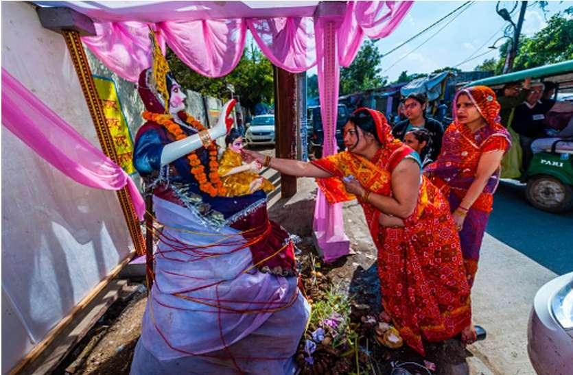 Holi 2020 : आज शाम इस मुहूर्त में ऐसे करें होलिका दहन और पूजन