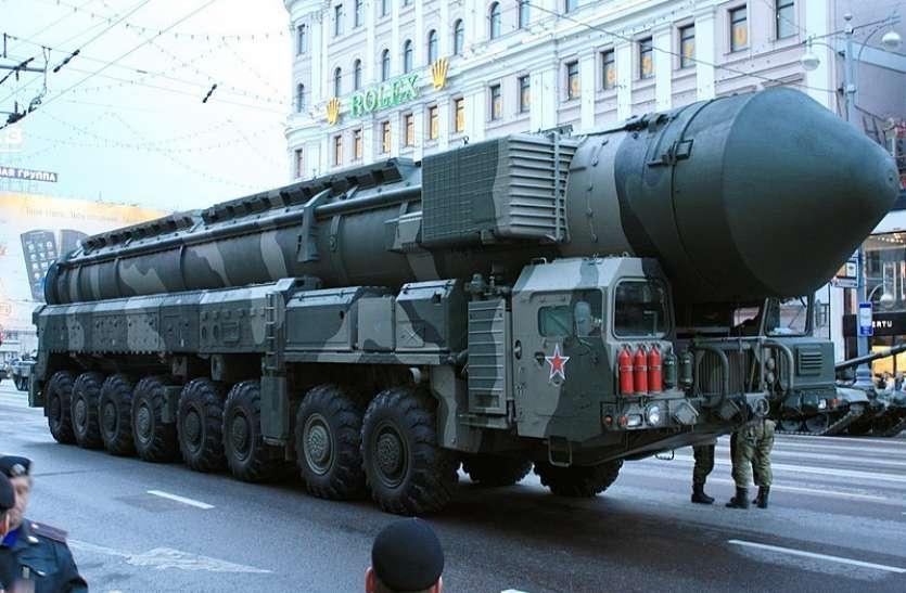 पाकिस्तान के पास भारत से ज्यादा है परमाणु बमों का जखीरा, किस देश के पास कितने बम?