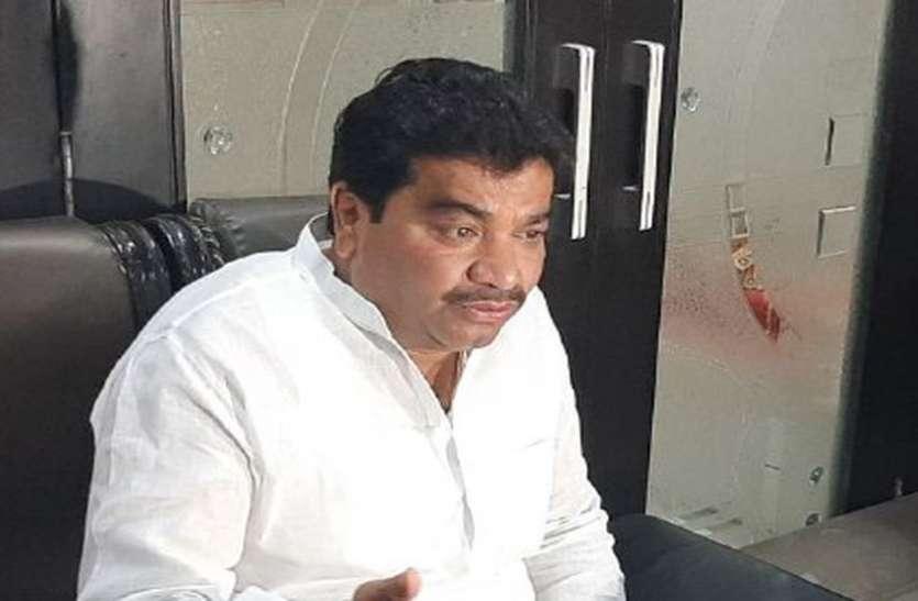 जयपुर से लौटे कांग्रेस विधायक बोले - कोई अफवाह नहीं उड़े इसलिए हम साथ साथ है