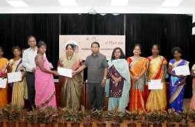 राज्य व केन्द्र सरकार की योजनाओं में और अधिक अनुदान राशि मिले