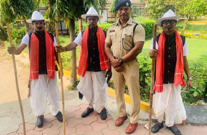 ट्रैफिक सुधार: चालान ही नहीं, जागरूक भी कर रही रायपुर पुलिस