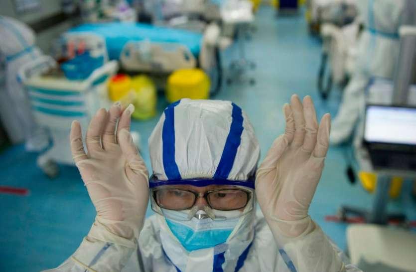 क्या आप जानते हैं कोरोना का इलाज करने वाले डॉक्टर कितनी बार धोते हैं अपने हाथ ?
