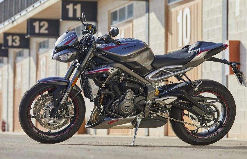 2020-triumph-street-triple-rs-review-sport-motorcycle-3.jpg