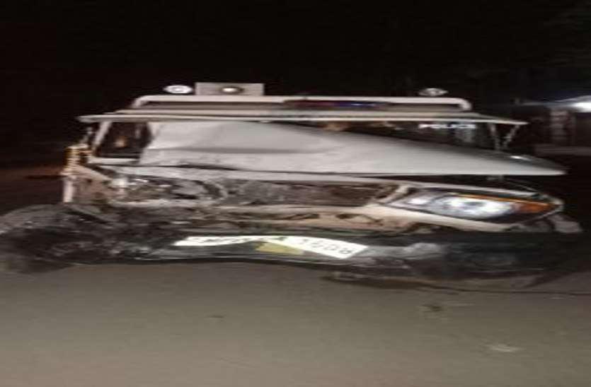 सीएसपी की गाडी में ट्रक ने टक्कर मारी, चालक घायल