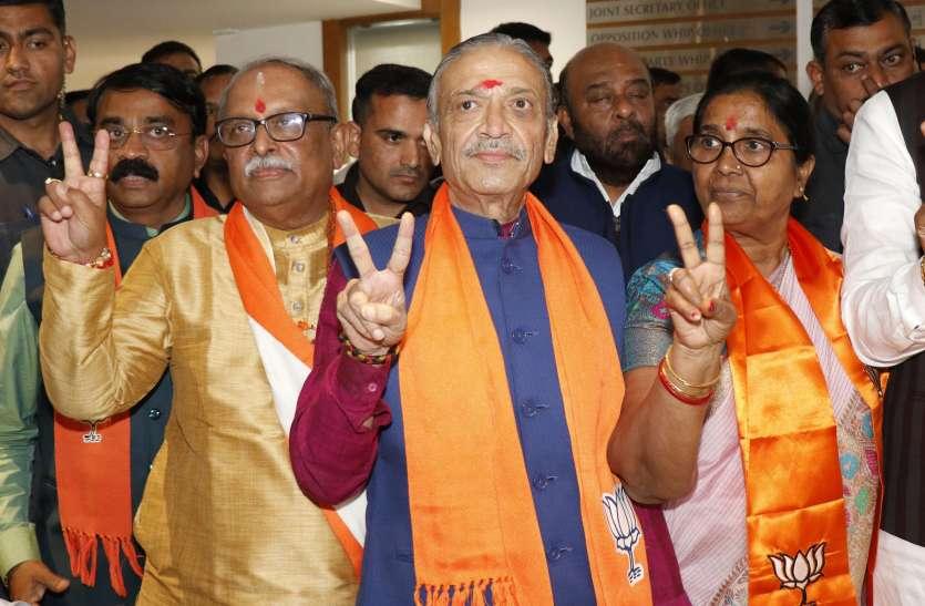 राज्यसभा चुनाव : गुजरात में चार सीटों के लिए पांच प्रत्याशी