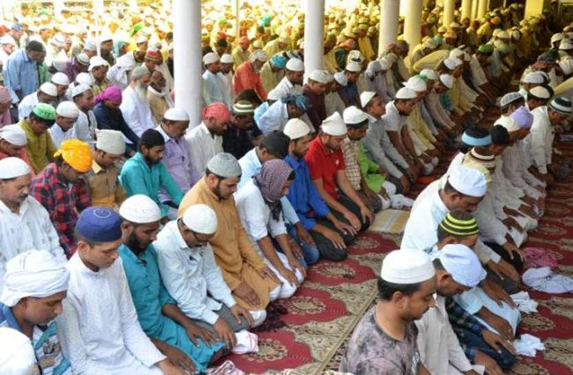 आस्था पर भी कोरोना का पहरा, मंदिरों के बाद अब मस्जिदों में नियम भी बदले