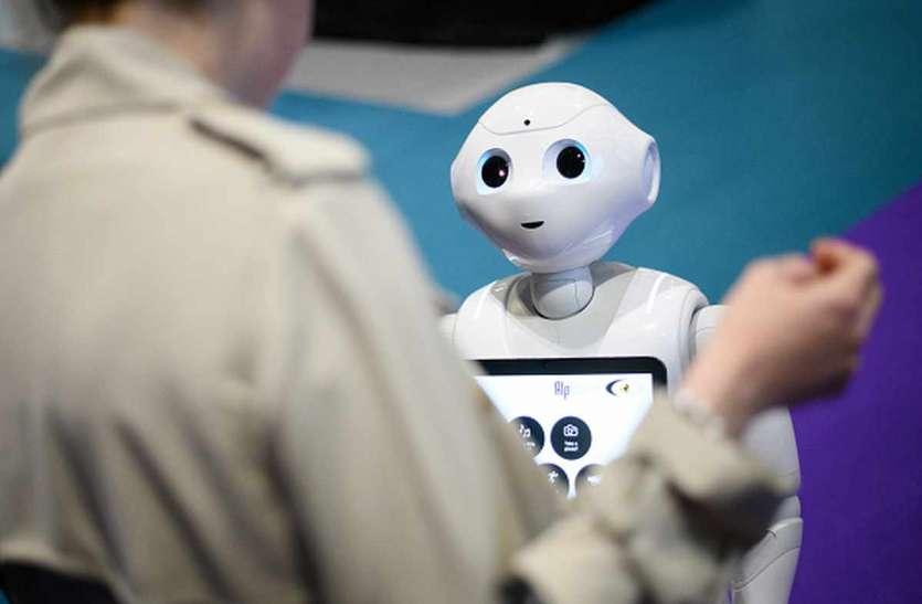 भारतीय छात्र ने किया कमाल, रोबोट सैनेटाइजर दूर करेगा संक्रमण