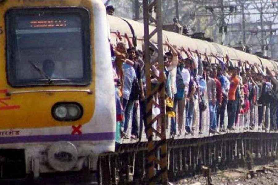 आज से मुबई लोकल, मोनो, मेट्रो बंद